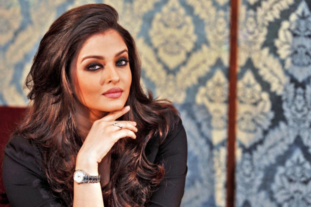Bollywood Birthdays In November