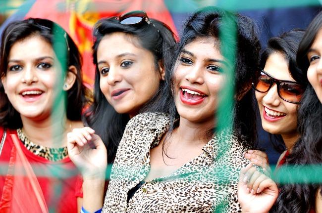 Beautiful fans of 2017 Indian Premier League 2