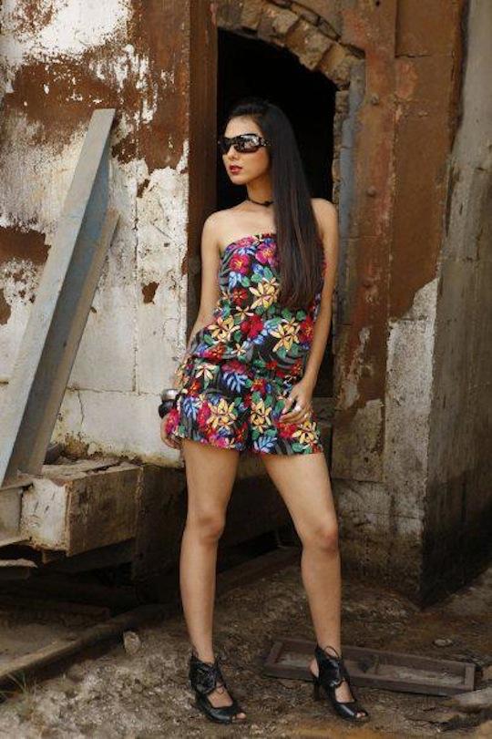 Evelyn Sharma Hot Bikini Pics