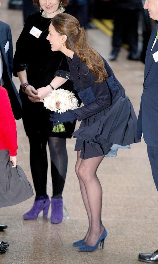 Oops Kate Middleton Has A Marilyn Moment In A Short Skirt