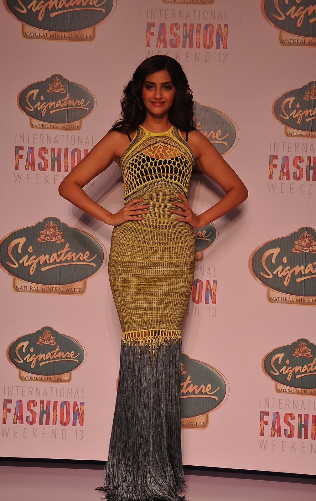 Signature International Fashion Weekend 2013: Jacqueline