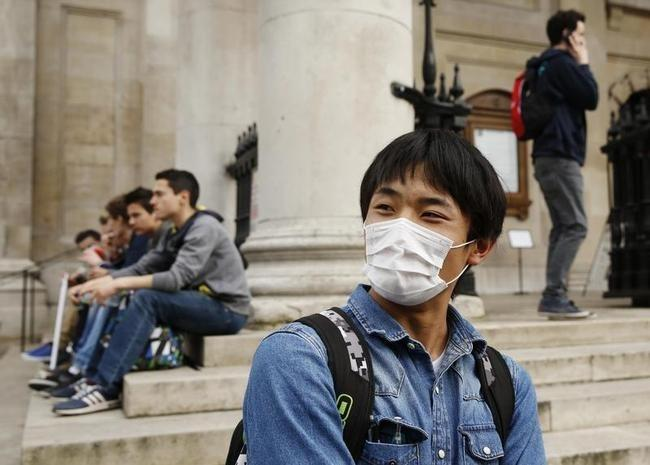 Sahara Desert Dust Brings Smog to Britain: PICS