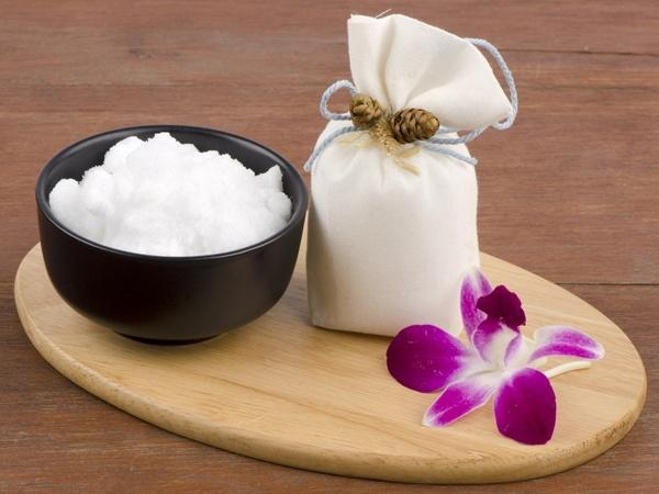 Camphor as a Home Remedy | Healthy Living