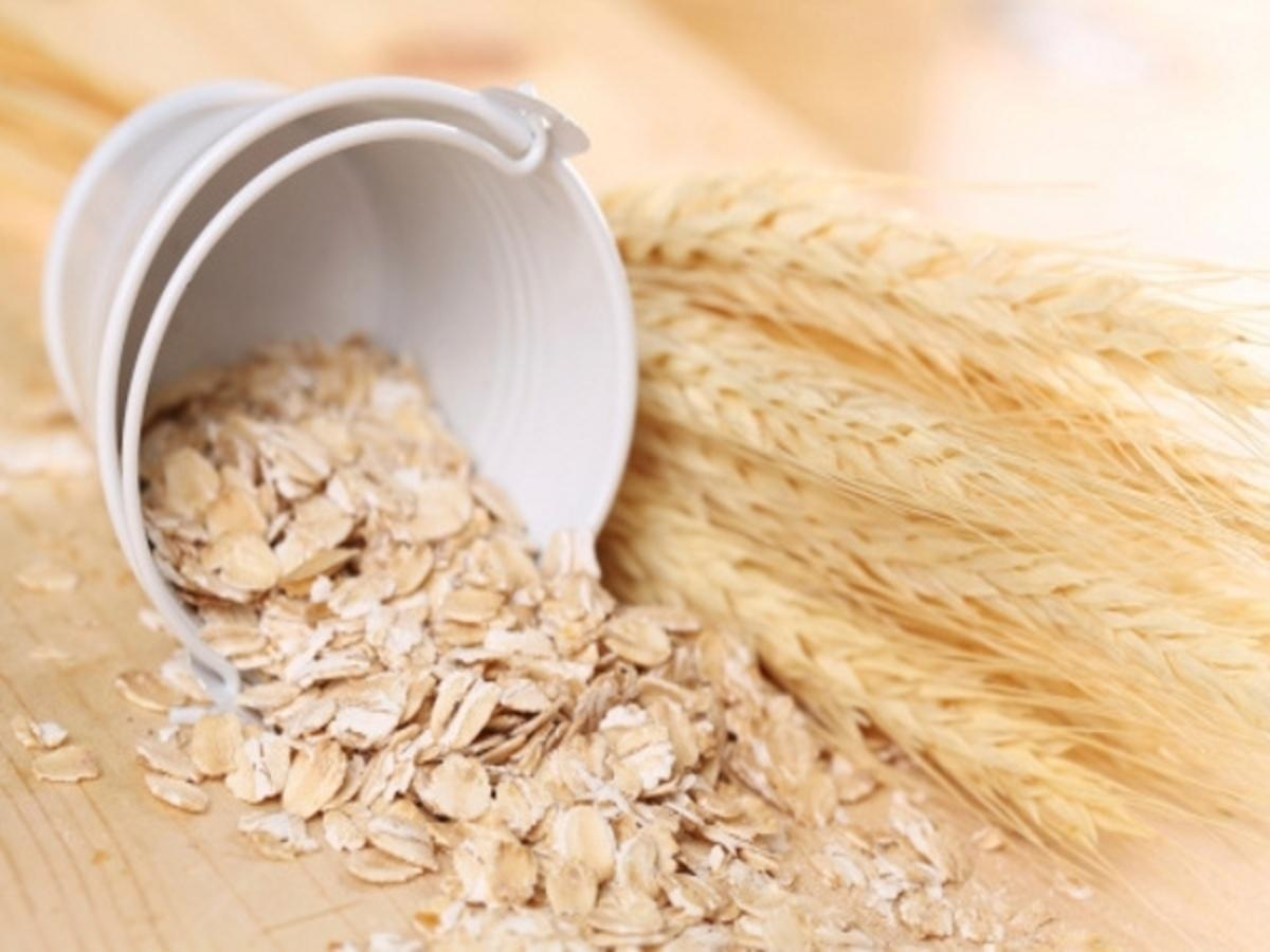 DIY Beauty Tips: Homemade Face Packs with Oats