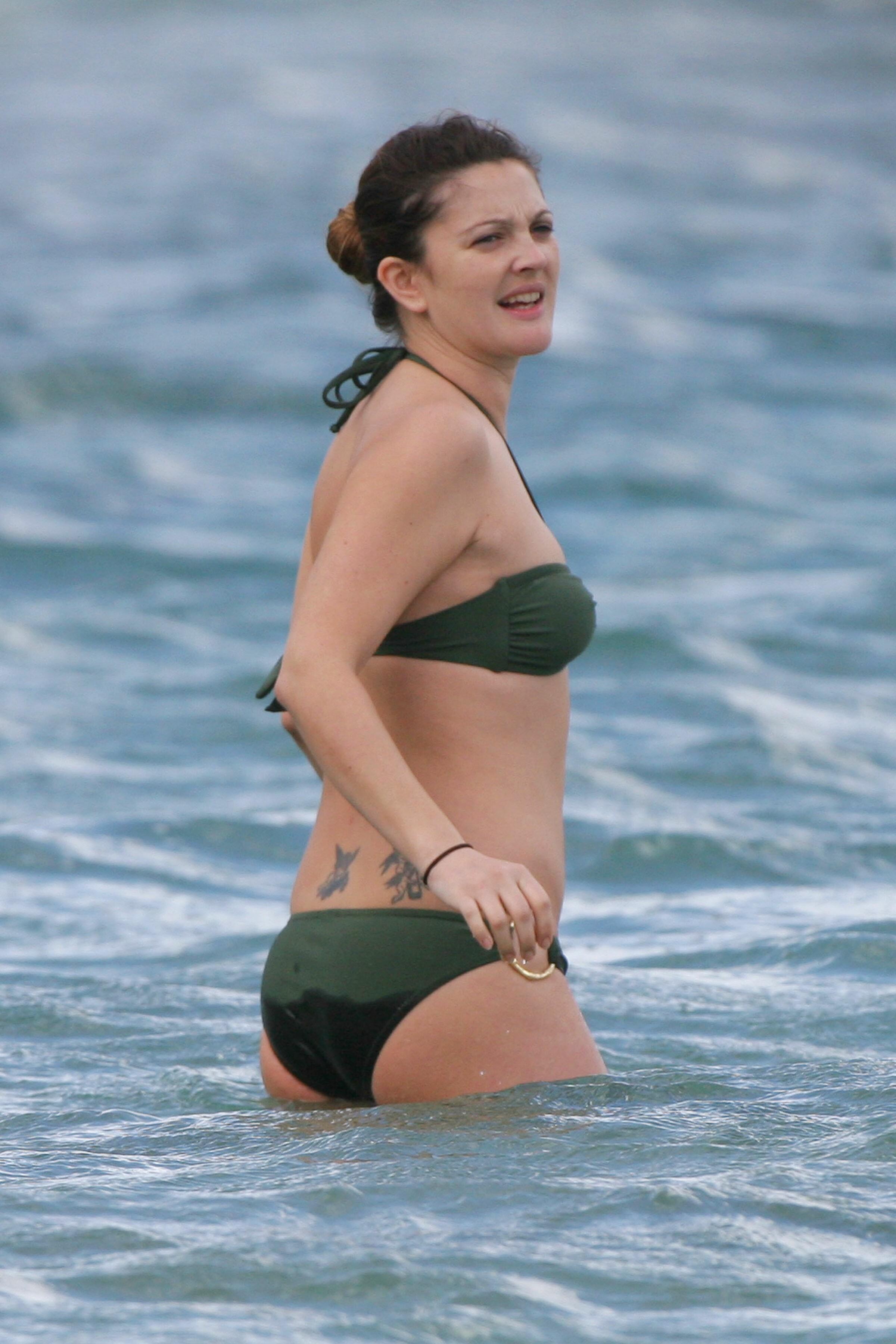 Nude Drew Barrymore