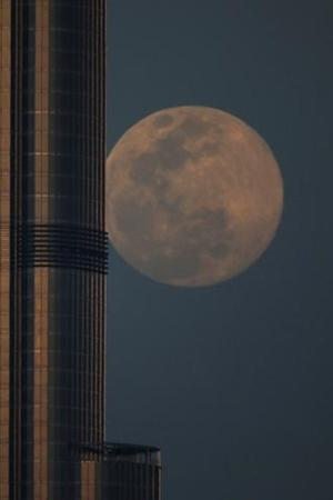 From Delhi To Dubai: 14 Spectacular Images Of Largest Super Moon Of 2020 Around The World
