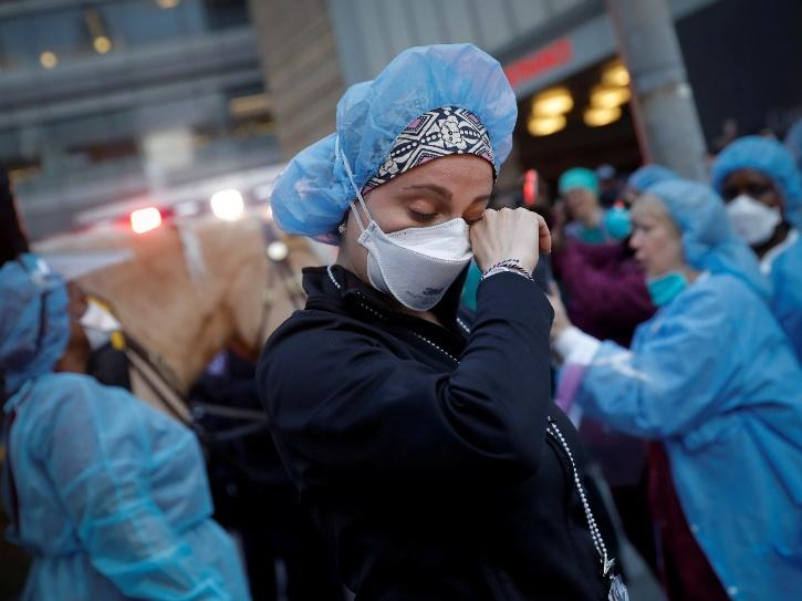 Heartbreaking Images Of New York City Nurses, Who Fight For Mankind Survival