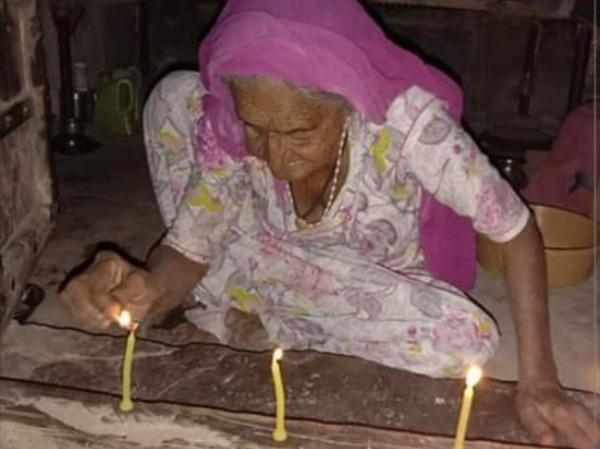 9pm, 9 Minutes: Poor To Rich People Unite And Lighting Candles, Lamps For Support India In Pandemic
