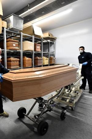 Heartbreaking Pictures Show How Italy Struggles To Bury Coronavirus Dead