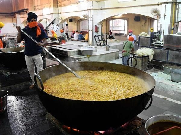 Delhi's Bangla Sahib Gurdwara Kitchen