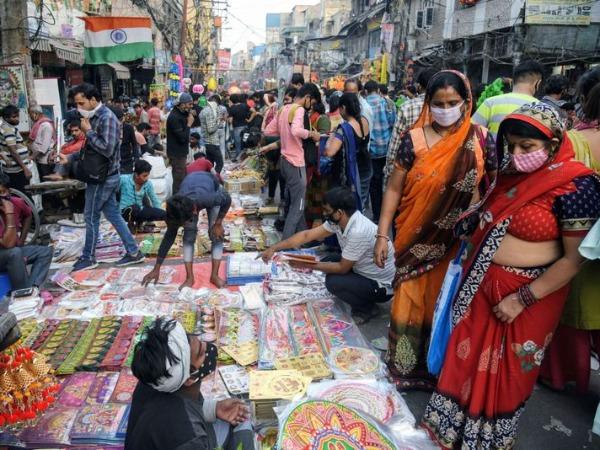 Huge Crowd In Delhi